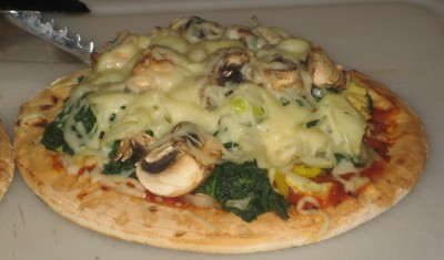 National Pizza Day :P  Homemade GLUTEN FREE Pizza Recipe