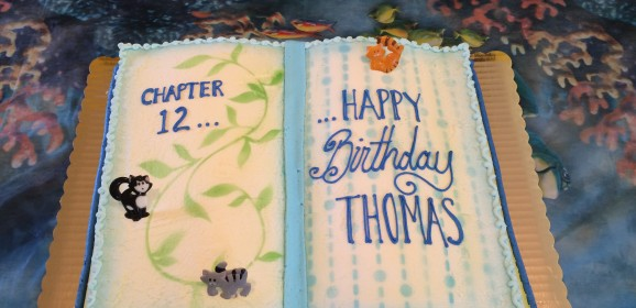 For The Book Lovers Out There…This Should Be Your Next Birthday Cake